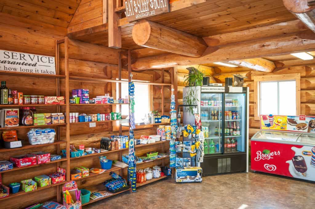 Cottonwood Cove Resort - Amenities Store
