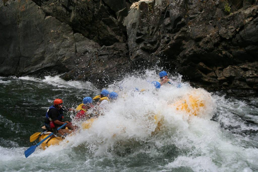Cottonwood Cove Resort - Stock Adams River Rafting A