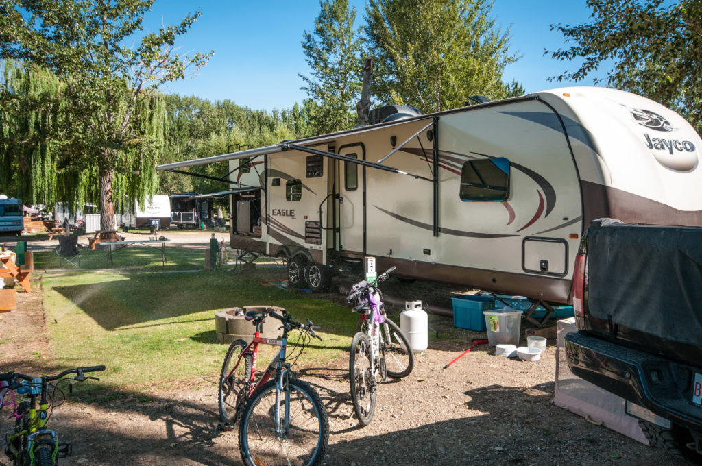 Whole Ownership RV lots for sale in the Shuswap. Lee Creek, BC.